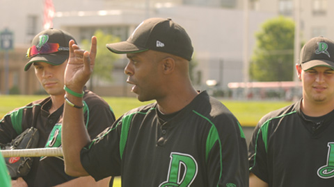 Dragons manager Delino DeShields